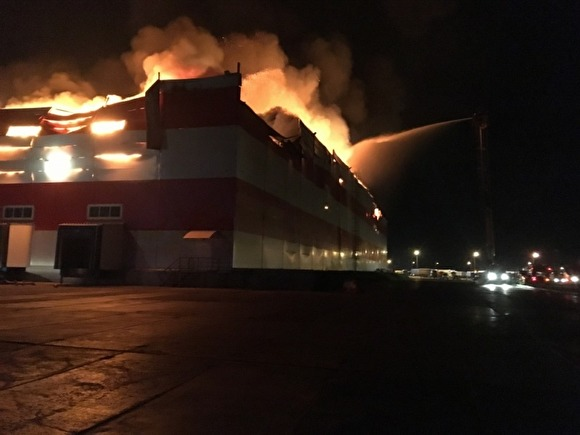Photo of Из-за пожара на складе «Магнита» под Воронежем без работы осталось 900 человек