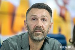 Шнуров на слушаниях в Госдуме призвал разогнать Минкульт0