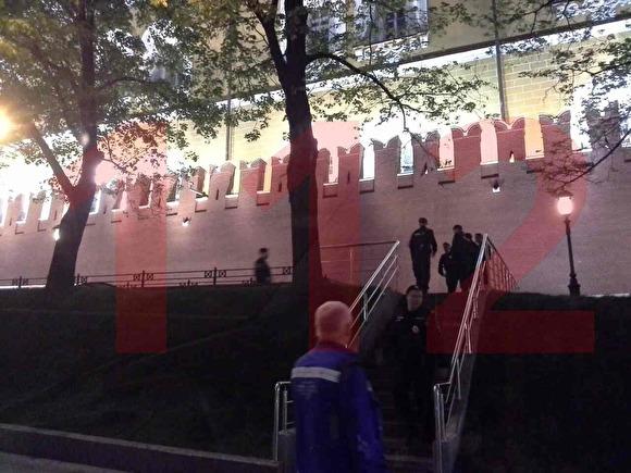Возле Кремля обнаружили тело полицейского с огнестрельным ранением0