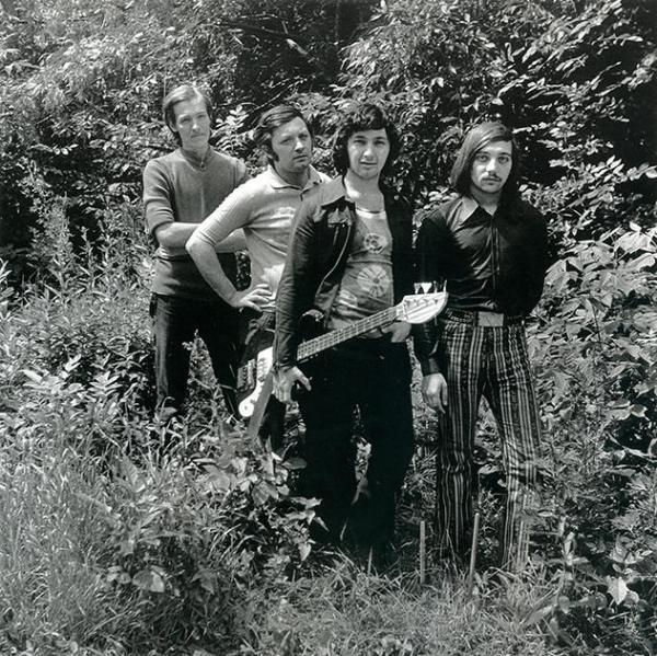 Как власть в СССР запрещала рок-музыку и зарабатывала на ней миллионы3