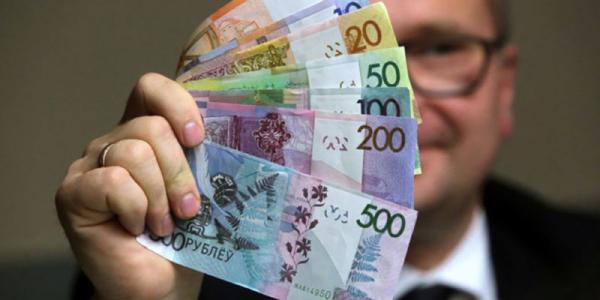 Photo of Платежный баланс Беларуси: дефицит растворился в нефти