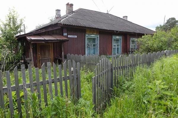 Как погибают брошенные на Урале железнодорожные деревни и почему их не расселяют6