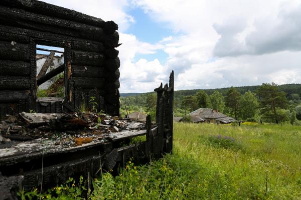 Как погибают брошенные на Урале железнодорожные деревни и почему их не расселяют0