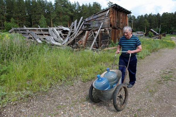 Как погибают брошенные на Урале железнодорожные деревни и почему их не расселяют11