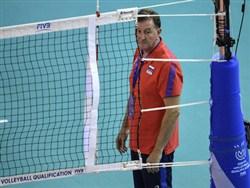 Тренер сборной России одним жестом развязал международный скандал0