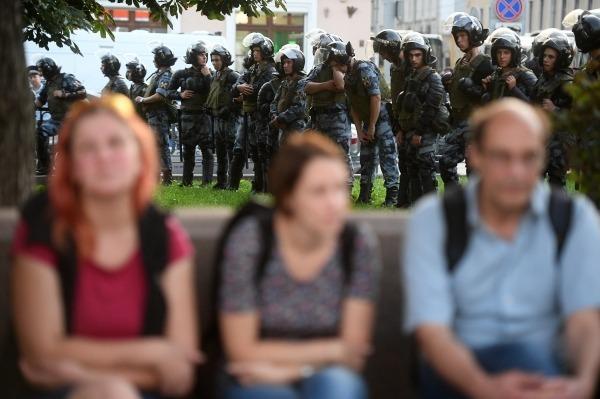 Протесты в Москве не утихают. Что заставляет успешных людей выходить снова и снова?2