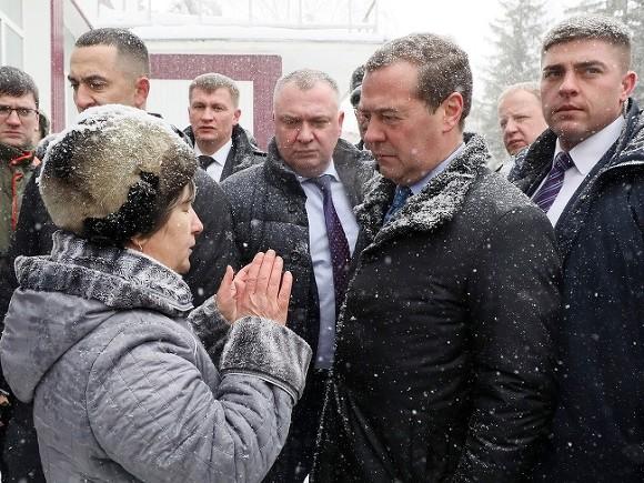 Photo of Две непохожие России. Одну видит начальник, другую — рядовой человек