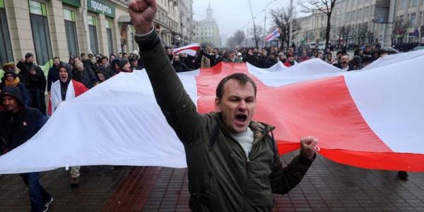 Photo of Ставка на националистов: Польша меняет тактику на белорусском направлении