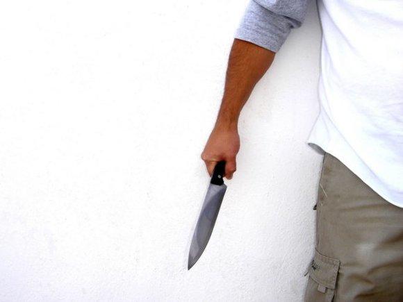 Photo of Житель Саратова ударил ножом полицейского