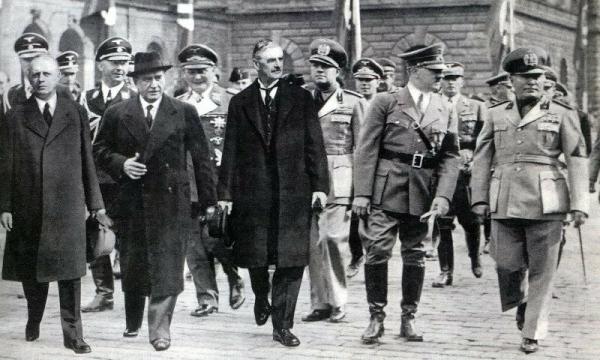 Photo of Кто начал Вторую мировую и была ли оккупация Прибалтики Советским Союзом? (3 часть)