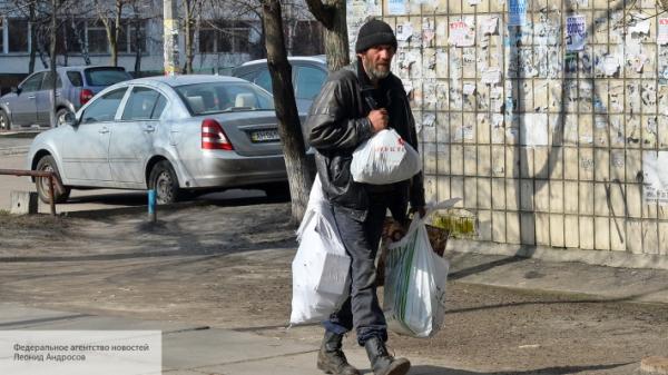 Photo of Неожиданный удар от заробитчан: переводы денег на Украину из-за рубежа скоро закончатся
