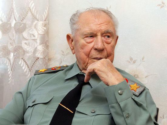 Photo of Умер один из лидеров ГКЧП маршал Дмитрий Язов