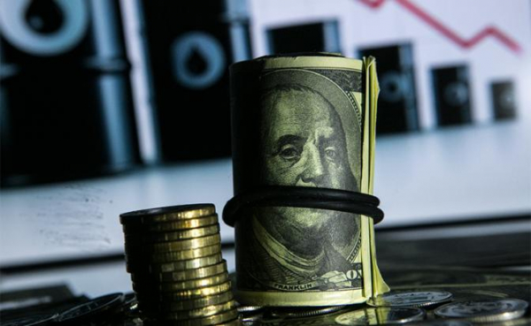 Photo of 100 рублей за доллар становится реальностью