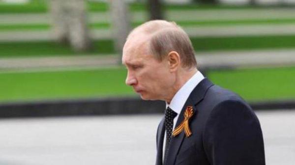 Photo of Большинство россиян выступают за введение предельного возраста президента РФ