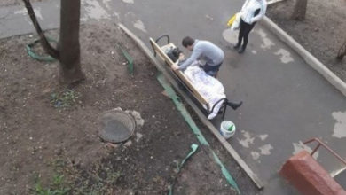 Photo of Депздрав Москвы разбирается в причинах смерти женщины, скончавшейся на лавочке