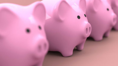 Photo of Россиянам посоветовали хранить сбережения в нескольких валютах