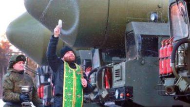 Photo of Протоиерей Смирнов заявил о необходимости освящать ядерное оружие