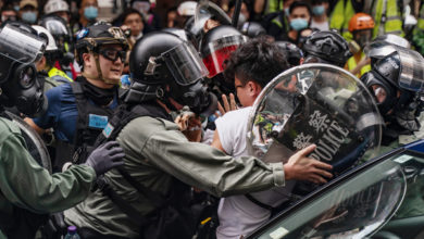 Photo of США пригрозили Китаю санкциями за «репрессии» против Гонконга