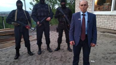 Photo of Героя шуточного видео с псевдополицейским и ящиками денег арестовали на 5 суток